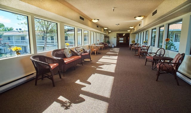 Spacious Living room at Barnett Woods, senior living in Medford, OR
