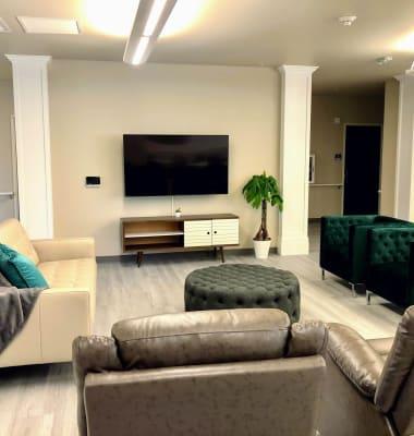 Lounge at HOLI Senior Living in Hillsboro, OR