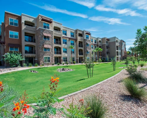 View photos of Luxe Scottsdale Apartments in Scottsdale, Arizona