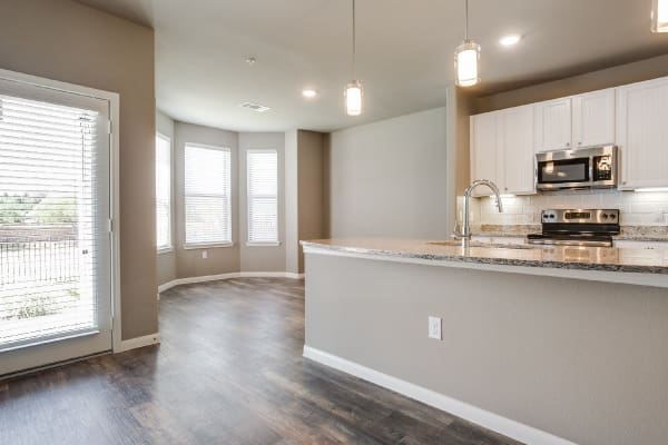 Granite counter tops at apartments in Frisco