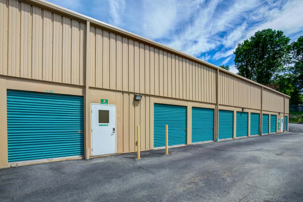 Exterior drive up units at Metro Self Storage in Stanhope, New Jersey