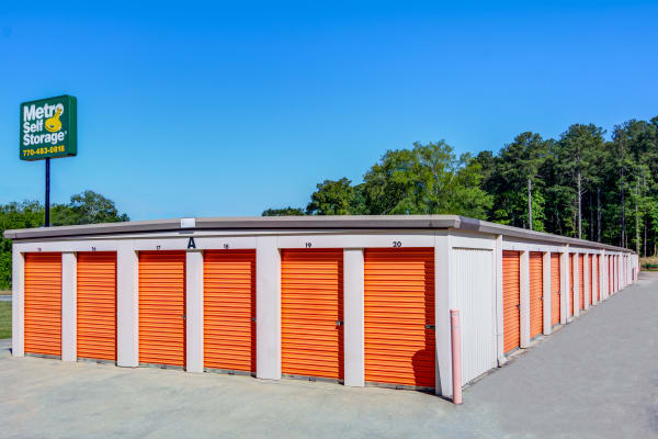 Metro Self Storage offers outdoor units in Conyers, Georgia