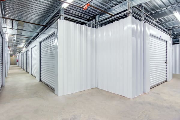 Metro Self Storage offers indoor units in Conyers, Georgia