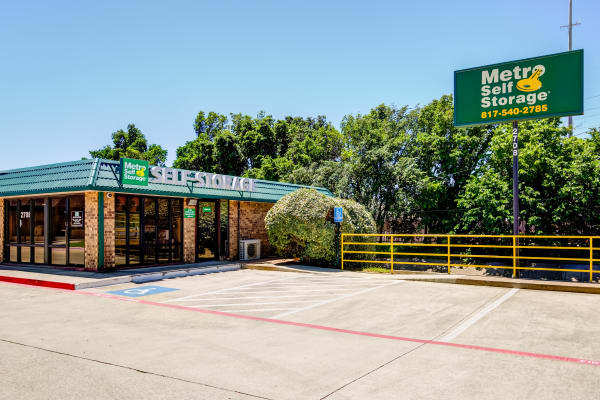 Front entrance at Metro Self Storage in Bedford, TX