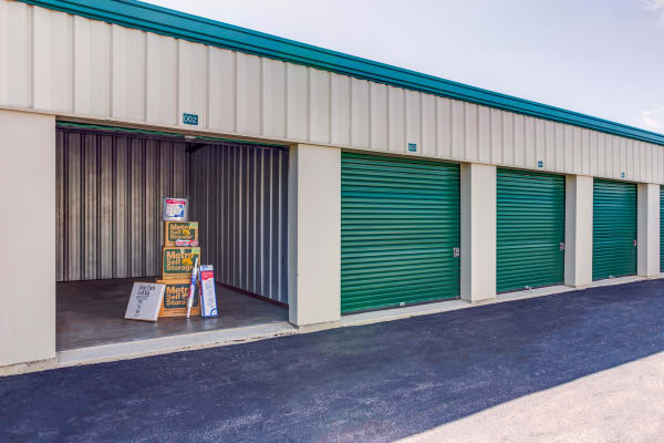 Large Exterior Units at Metro Self Storage in Batavia, IL
