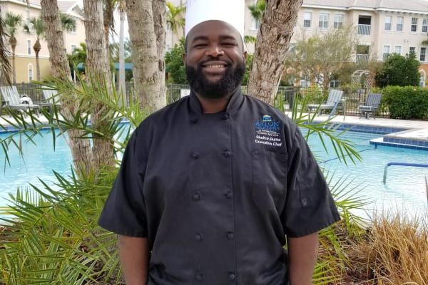 New executive chef for Pelican Pointe community site at Discovery Senior Living in Bonita Springs, Florida