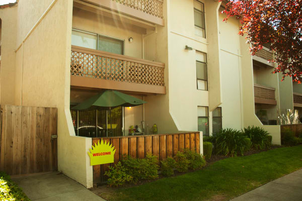 Exterior view of our apartments at Parkview in Concord, CA
