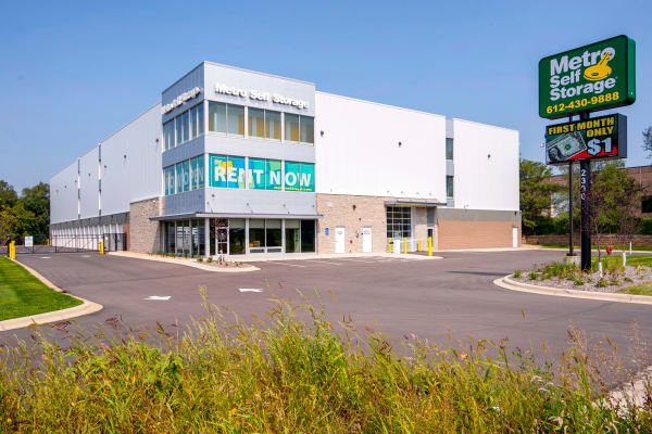 Exterior view of Metro Self Storage in Burnsville, Minnesota