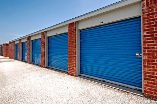 Metro Self Storage offers storage outdoor units in Corpus Christi, Texas