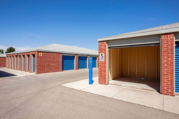 Metro Self Storage offers outdoor units in El Paso, Texas