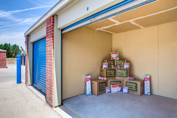 Storage Features At 9565 N Loop Dr El Paso Tx Metro