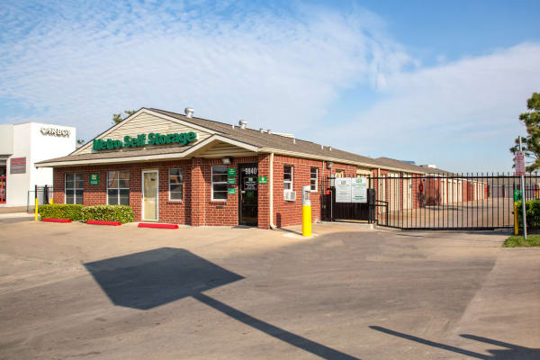 Leasing office exterior view at Metro Self Storage in Houston, Texas