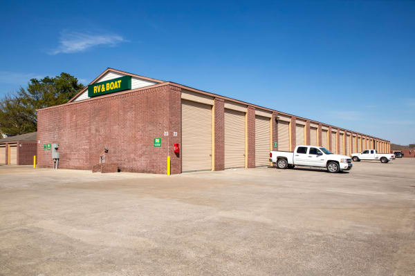 Exterior drive up units at Metro Self Storage in Houston, Texas