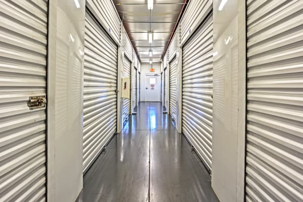 Lehigh Acres Fl Storage Features Metro Self Storage