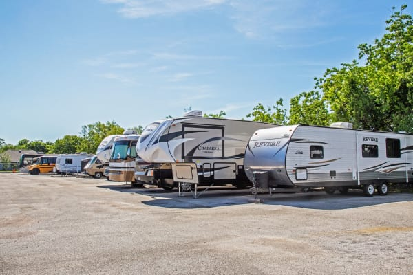 Metro Self Storage offers RV and boat storage in La Marque, Texas