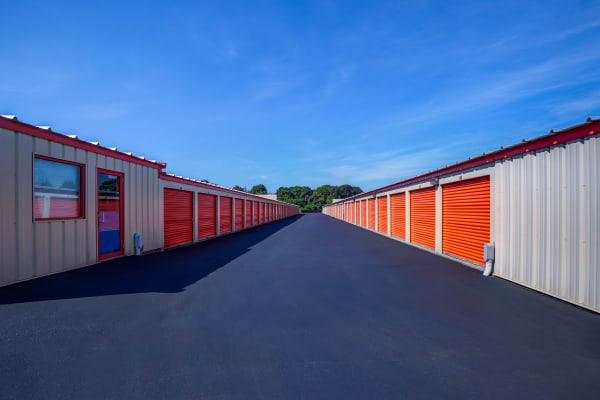 Outdoor units at Metro Self Storage in Oakdale, New York