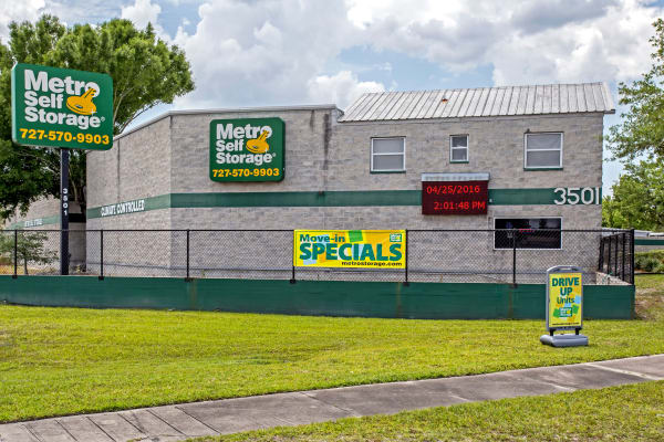 Facility exterior view at Metro Self Storage in Pinellas Park, Florida