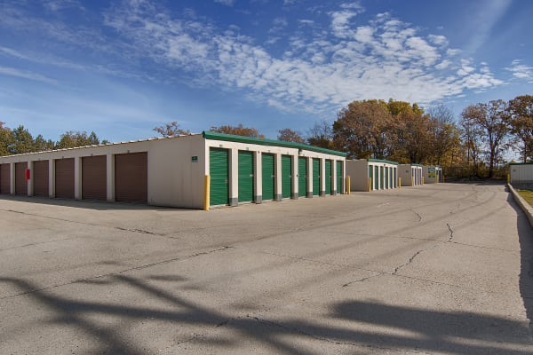 Exterior dive up units at Metro Self Storage in Round Lake Beach, Illinois