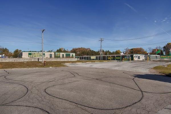 Facility exterior view at Metro Self Storage in Round Lake Beach, Illinois