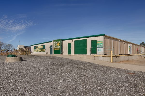 Metro Self Storage offers climate controlled units in Round Lake Beach, Illinois