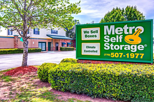 Sign at Metro Self Storage in Stockbridge, Georgia