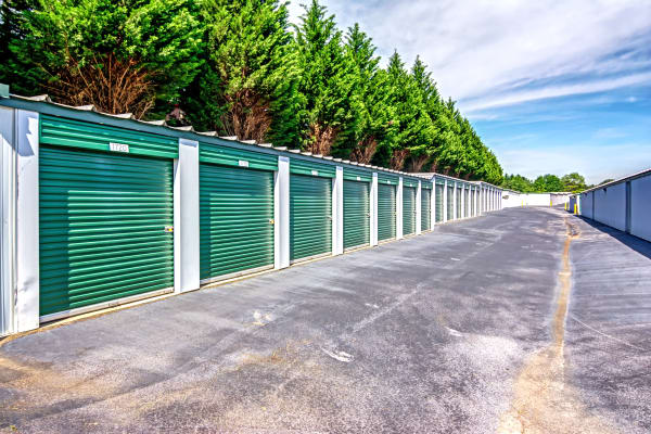 Metro Self Storage offers outdoor units in Stockbridge, Georgia