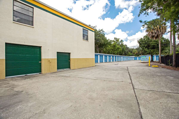 Loading dock exterior view at Metro Self Storage in Tampa, Florida