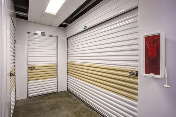 Metro Self Storage offers indoor units in Tampa, Florida