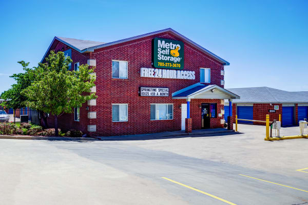 Leasing office exterior view at Metro Self Storage in Topeka, Kansas