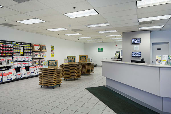 Leasing office reception at Metro Self Storage in Chicago, Illinois