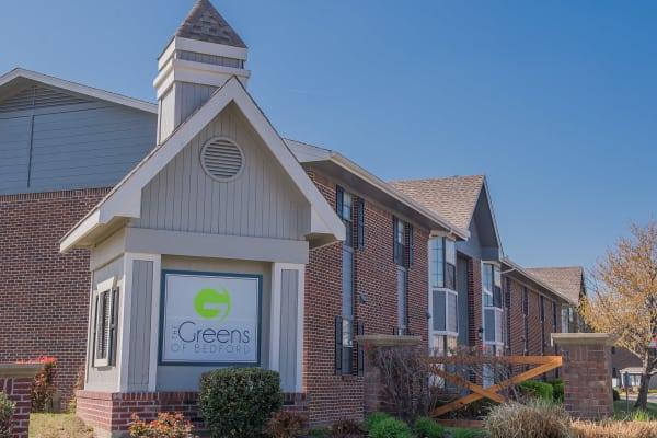 Neighborhood amenities around our apartments in Tulsa