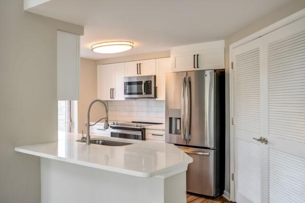 Apartment kitchen at Inigo's Crossing