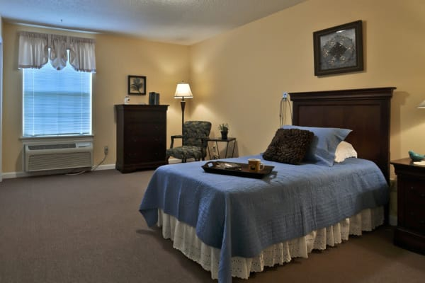 Large bedroom for Assisted Living residents at Dogwood Bend in Clarksville, Tennessee