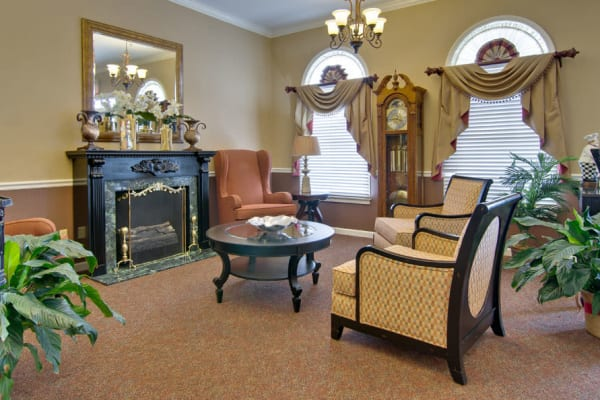 Fireside seating at NorthRidge Place in Lebanon, Missouri