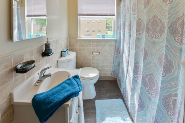 Unique bathroom at Wedgewood Hills Apartment Homes in Harrisburg, Pennsylvania