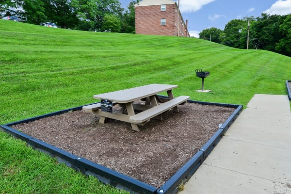 Beautiful exterior seating at Wedgewood Hills Apartment Homes in Harrisburg, Pennsylvania