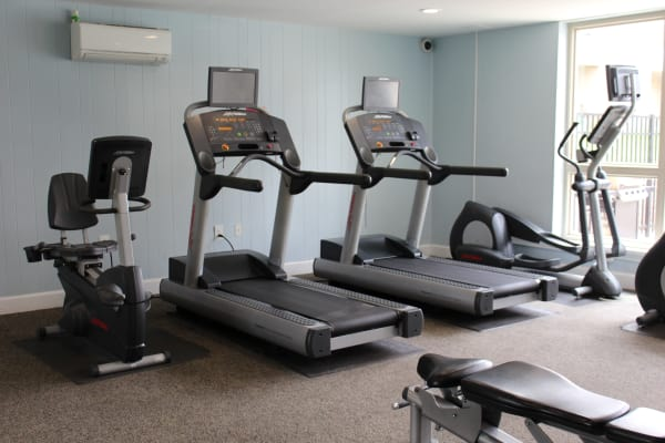 Well equipped on-site gym for residents at Hunt Club Apartments in Cockeysville, Maryland