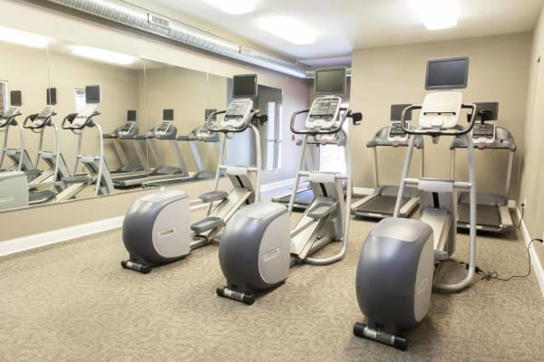 Community fitness center at Prairie Pointe Student Living in Ankeny, Iowa