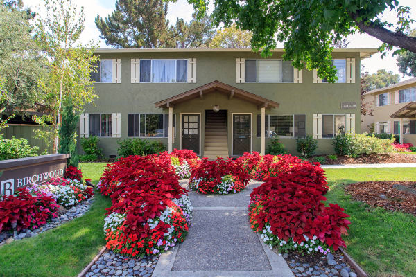 Gorgeous Birchwood Apartment Home in Sunnyvale