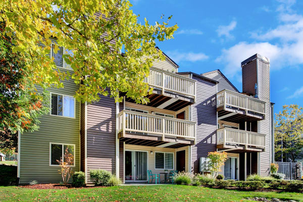 Enjoy the neighborhood at Park South Apartments in Seattle