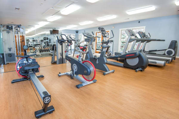 Fitness center at El Lago Apartments