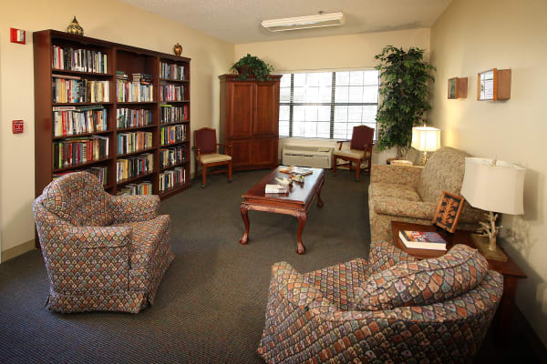 Library room at West Fork Village in Irving, Texas