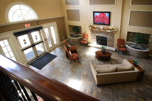 Living room with tv at Reunion Court of Kingwood in Kingwood, Texas