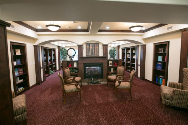 Community library for residents at Providence Meadows Gracious Retirement Living in Charlotte, North Carolina