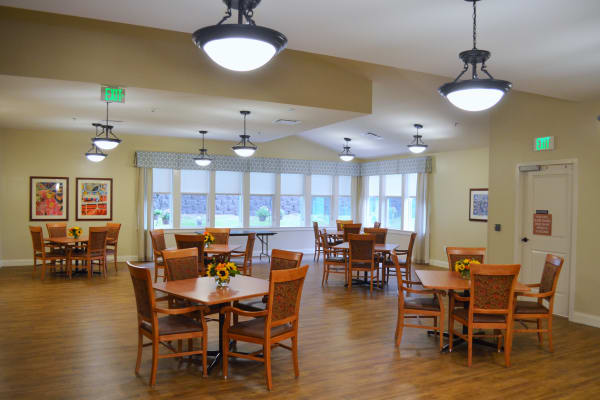 The community dining room at Avenir Memory Care at Little Rock in Little Rock, Arkansas