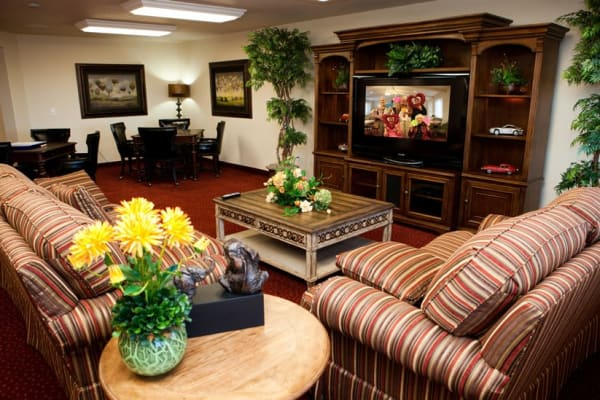 An entertainment area at The Highlands Gracious Retirement Living in Westborough, Massachusetts