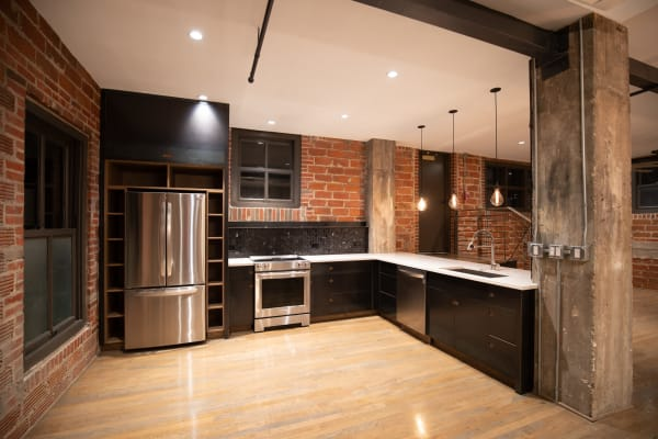 Fully equipped kitchen at Maverick Apartments in San Antonio, Texas