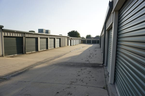 Self storage units for rent at Storage OK in Jenks, Oklahoma
