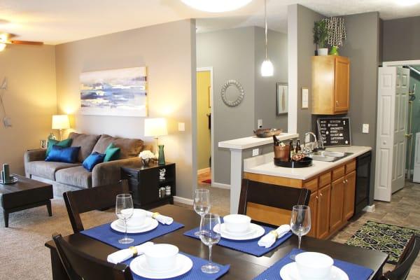 Emerald Lakes offers award winning apartments