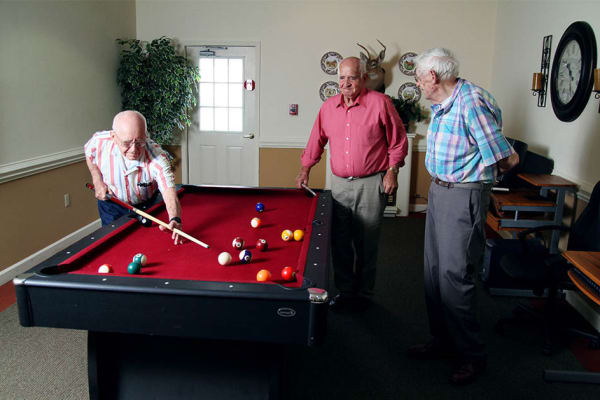 Residents and activities at Heritage Green Assisted Living and Memory Care in Lynchburg, Virginia